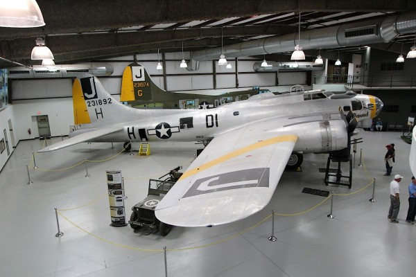 The Boeing B-17 Flying Fortress 'I'll Be Around'.